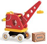 BRIO 30428 - Roter Kran mit Ladung, Motorikspielzeug